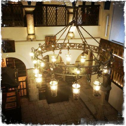 ... mit wertvollen religiösen Artefakten (Foto: balkanblogger)