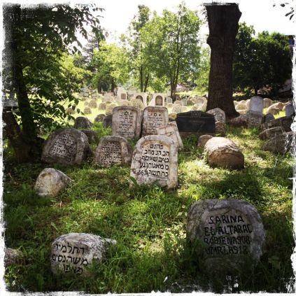 Die ältesten Grabsteine sind nur dort in Form eines ... (Foto: balkanblogger)