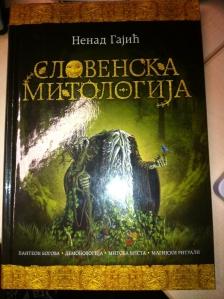 """""""Herr der Ringe"""" des Balkans: Die """"Slawische Mythologie"""" von Nenad Gajic 1"""