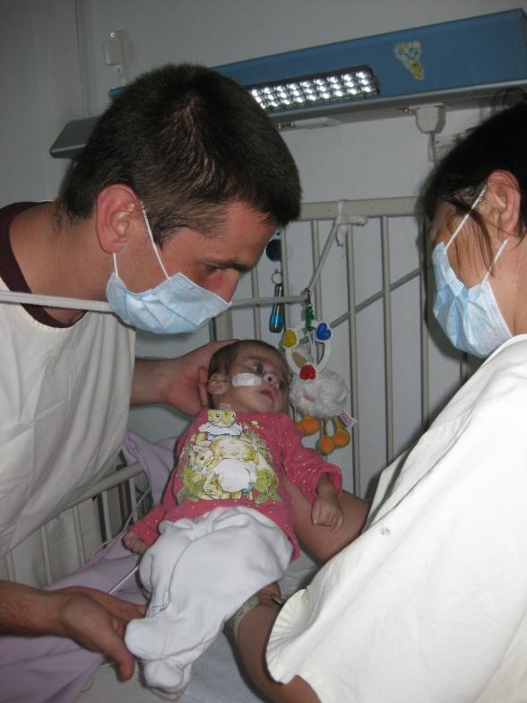 Edmir Ibrisevic und Thea mit der kleinen Belmina