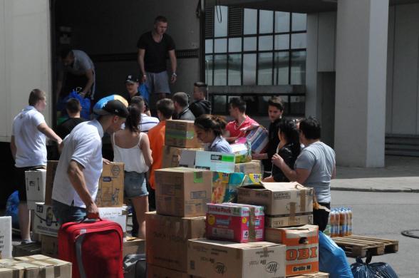 Spendensammlung in München (Foto: Sanel Helvida)