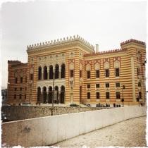 ...die Vijećnica, dem Wahrzeichen von Sarajevo!