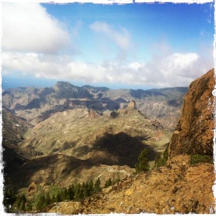 ... sollte diesen Aufstieg zum natürlichen Aussichtspunkt nicht missen! (Foto: balkanblogger.com)