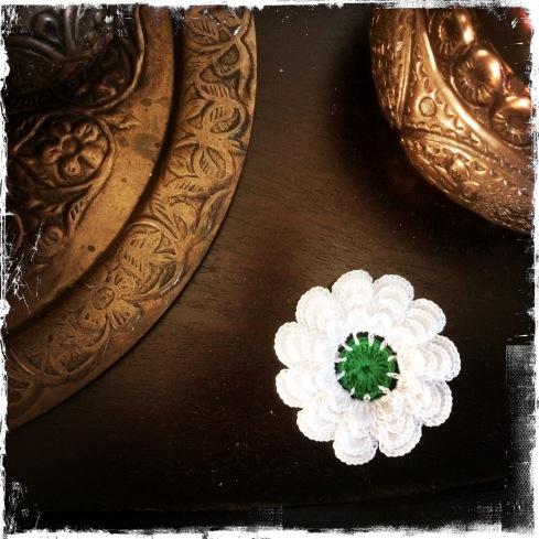 """Symbol für Hoffnung und friedvolle Zukunft - die Blume der """"Erinnerung"""" (Foto: balkanblogger)"""