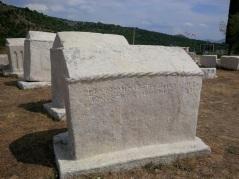 Etwa 70 000 an der Zahl sind heute erhalten geblieben. Der Großteil steht in Bosnien-Herzegowina, die restlichen sind in Serbien, Kroatien und Montenegro zu finden. (Foto: balkanblogger.com)