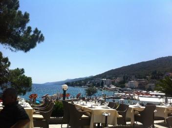 Die Hotels sind luxuriöse Prachtbauten aus dem 19. Jh. (Foto: Balkanblogger)