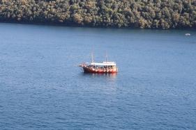 Von oben hat man einen wundervollen Blick auf das Naturschutzgebiet. Privatbooten ist die Durchfahrt verboten (Foto: Balkanblogger)